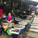 MAeklong Railway Market Thailandia passione passaporto