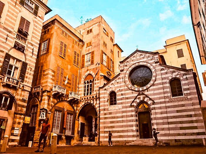 Caruggi Piazza San Matteo Genova Liguria Italia Passione Passaporto