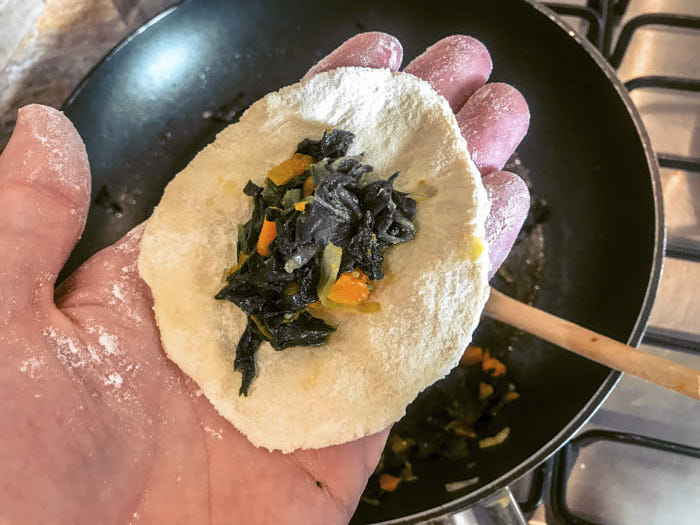 Impasto preparazione gyoza ricette dal mondo Passione Passaporto