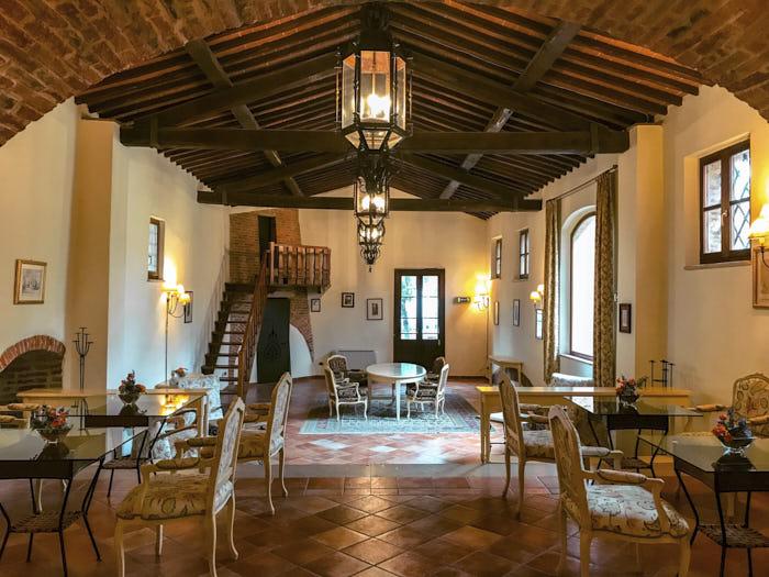 Castello di Leonina Asciano Toscana Passione Passaporto