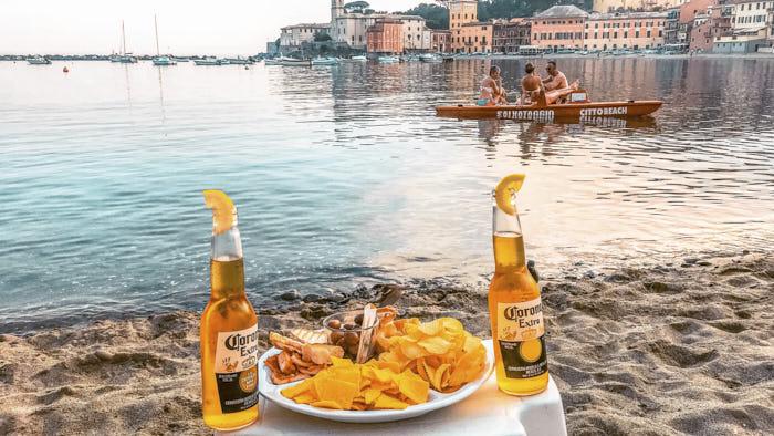 Sestri Levante Citto Beach aperitivo baia del silenzio Liguria Passione Passaporto