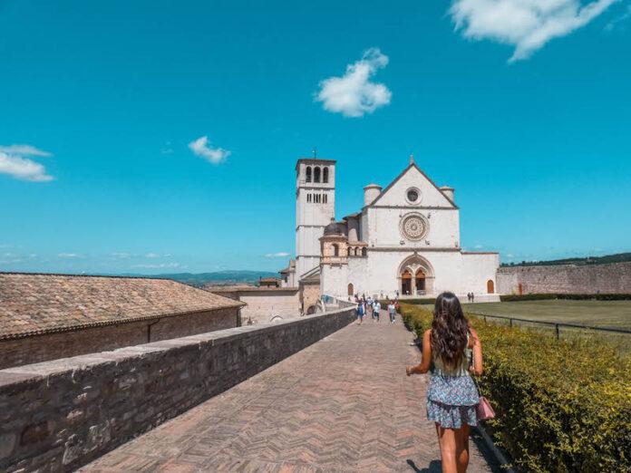 Cosa vedere ad Assisi Basilica di San francesco Assisi Umbria Italia Passione Passaporto