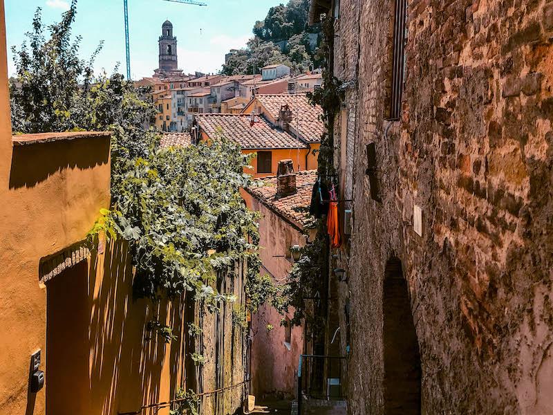 Via della Viola rioni perugini Perugia centro storico cosa vedere a Perugia Umbria Italia Passione Passaporto