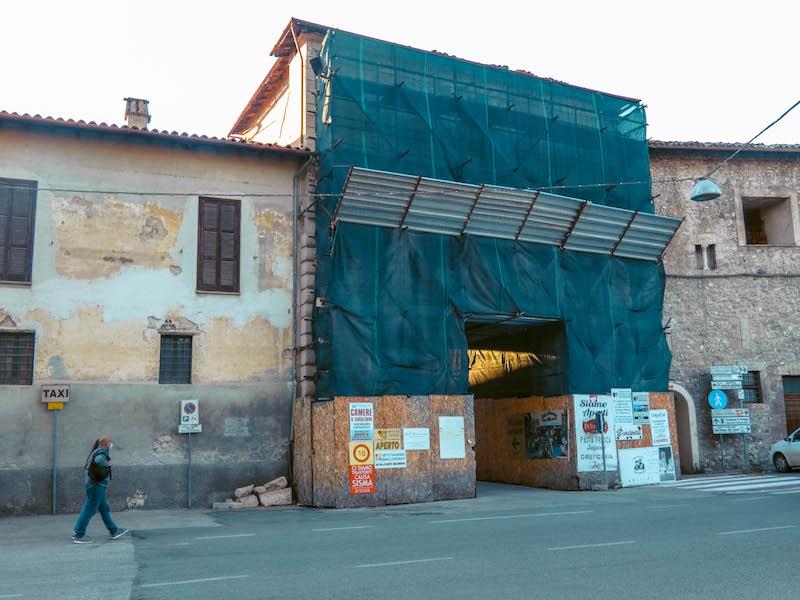 cosa vedere a Norcia Porta Ascolana Umbria Italia Passione Passaporto