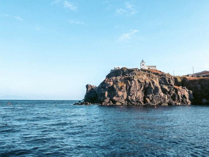 Isola di Capraia panorama Mare capraia Toscana Arcipelago toscano Italia Passione Passaporto