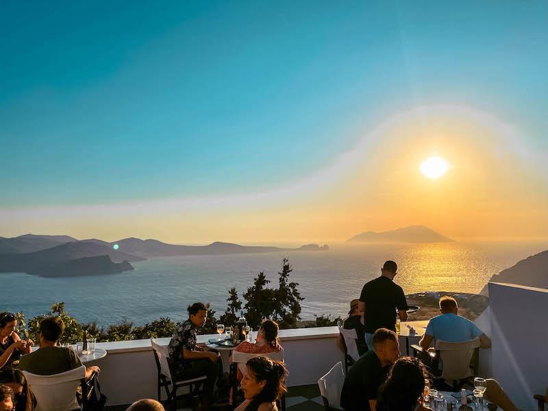 Tramonto Utopia Cafè Plaka Milos Grecia Passione Passaporto