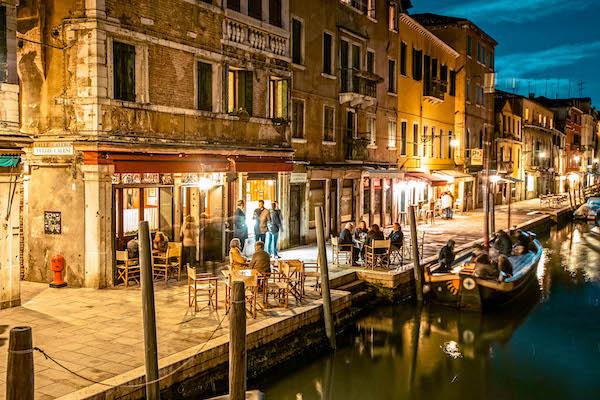 Aperitivo Il Timon Bacaro Venezia Italia Passione Passaporto dove fare aperitivo a venezia dove mangiare a venezia