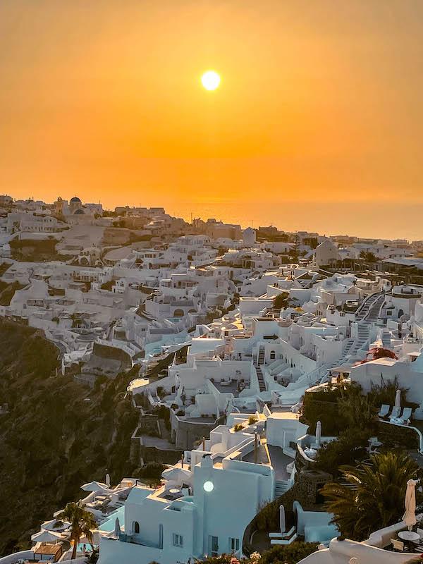 Tramonto Oia Santorini Cosa vedere a Oia dove vedere il tramonto a Oia Grecia Passione Passaporto